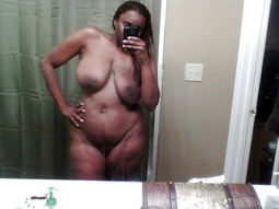 These awesome ebony milf loves nothing..