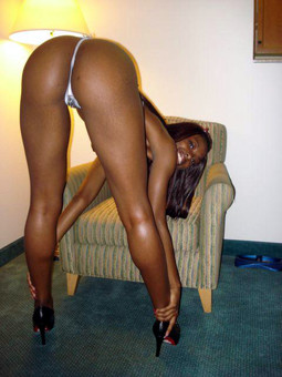 Amazing black babe with rounded ass..