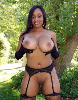 Busty ebony popular porn star in black..